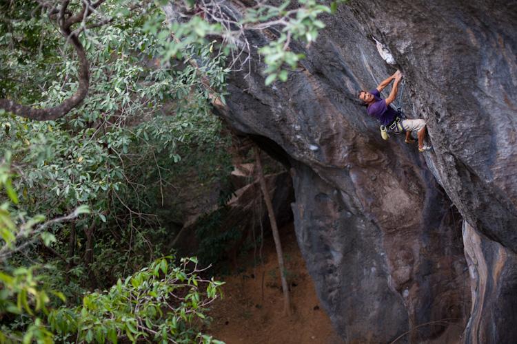 Bernardo Gimenez climbing in Cipo.